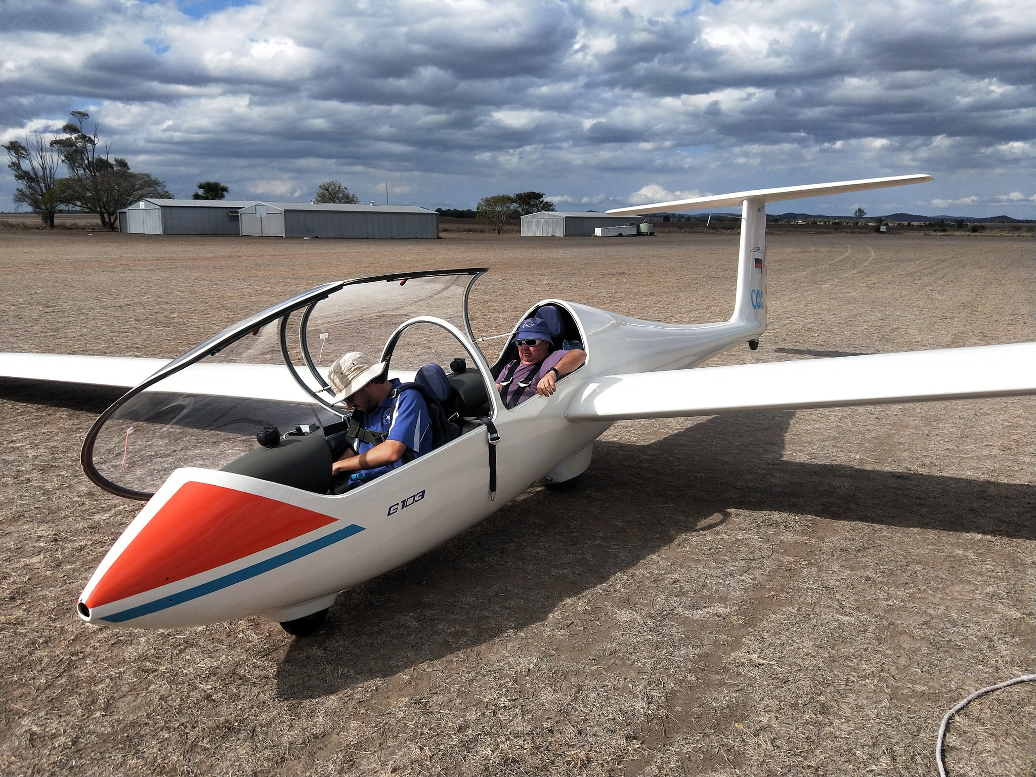 CENTRAL QUEENSLAND GLIDING CLUB